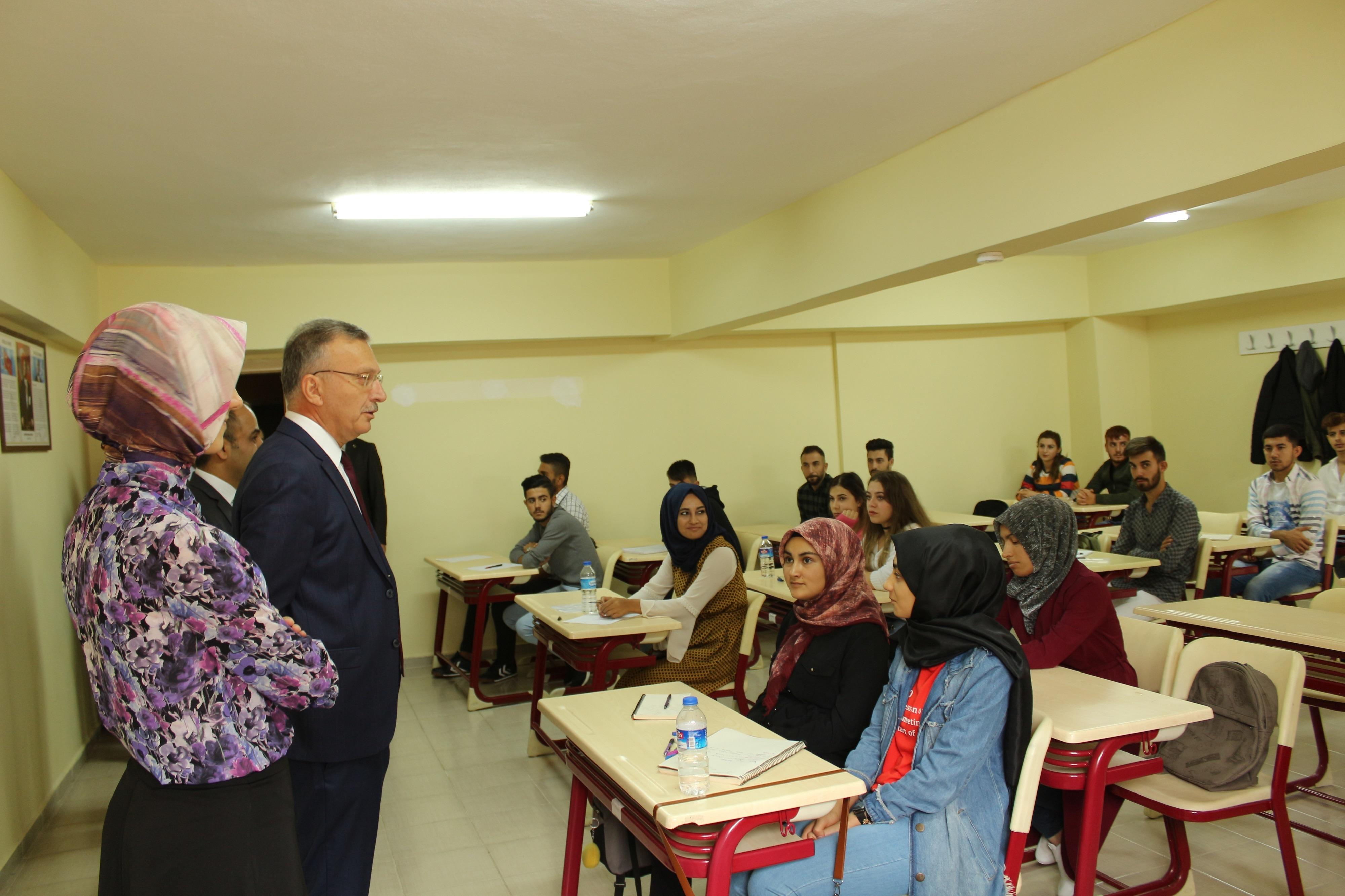 Rektörümüz Prof.Dr. Levent Yüksekokulumuzda